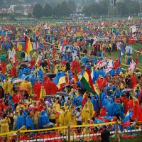 WYD2016_July26_Opening_Mass_Card_Dziwisz (14).JPG